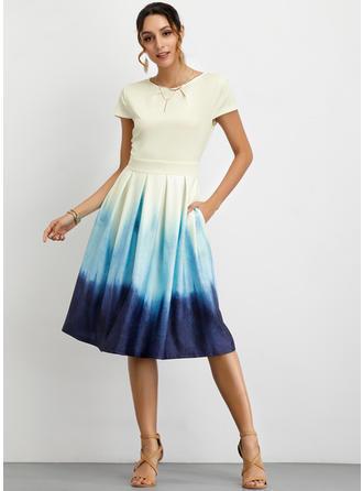 Color-block Krátké rukávy Áčkové Délka ke kolenům Neformální/Elegantní Šaty