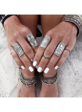 Fashionable Exotic Stylish Alloy Unisex Rings (4 pieces)