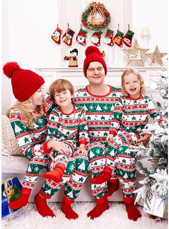 Εκτύπωση snowflake Для сім'ї Різдвяні піжами