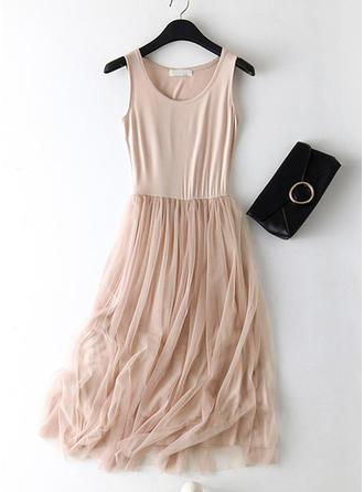 Solid Sleeveless A-line Midi Dresses