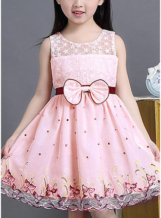 Girls Round Neck Embroidery Bow Cute Party Dress