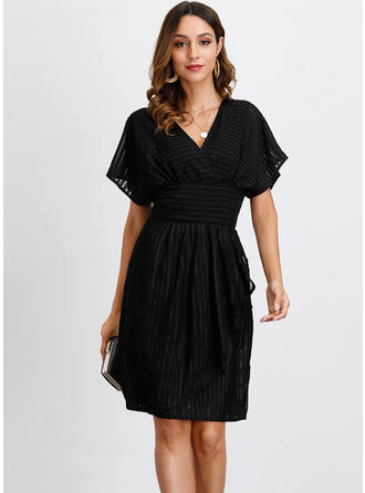 Solid Short Sleeves A-line Knee Length Little Black/Party/Elegant Dresses
