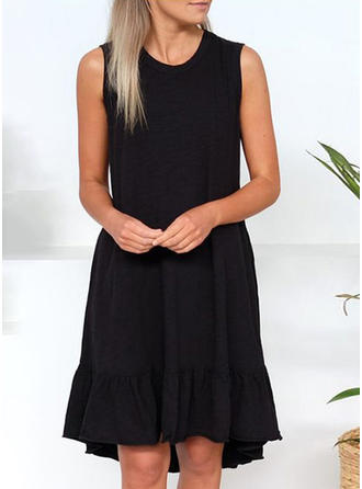 Solid Sleeveless Shift Knee Length Little Black/Casual Tank Dresses