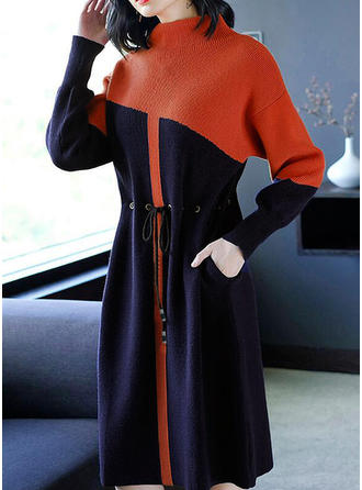 Polyester pied de col Couleurs Opposées Robe Pull