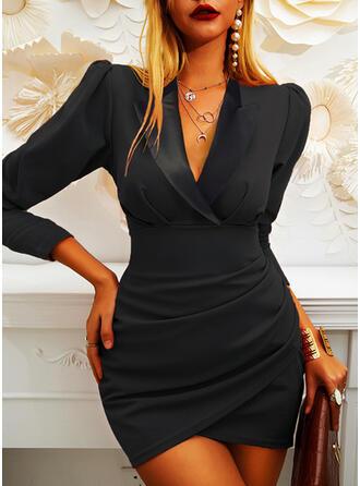 Sólido Manga Larga Ajustado Sobre la Rodilla Pequeños Negros/Elegante Vestidos