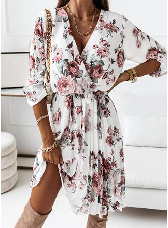 Estampado/Floral Manga Comprida Vestido linha-A Comprimento do joelho Casual Estolas/Skatista Vestidos