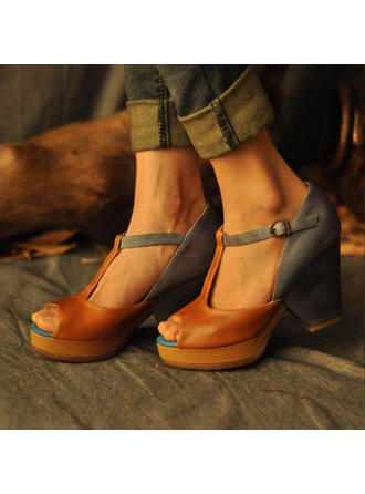 Frauen PU Stämmiger Absatz Absatzschuhe Peep Toe mit Schnalle Schuhe