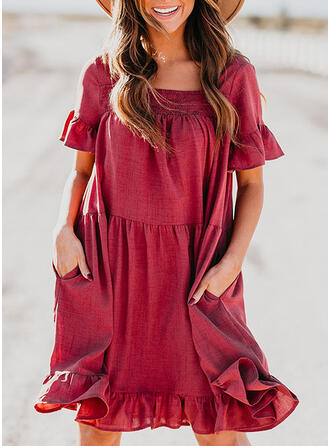 Solid Short Sleeves/Flare Sleeves Shift Knee Length Casual/Vacation Dresses