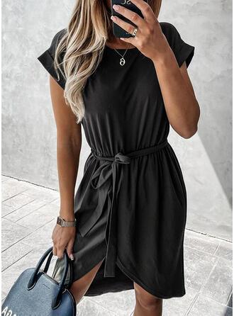 Pevný Krátké rukávy Pouzdrové Asymetrické Malé černé/Neformální Šaty