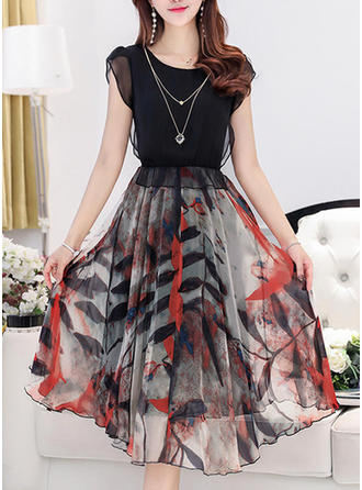 Print Floral Round Neck Knee Length A-line Dress