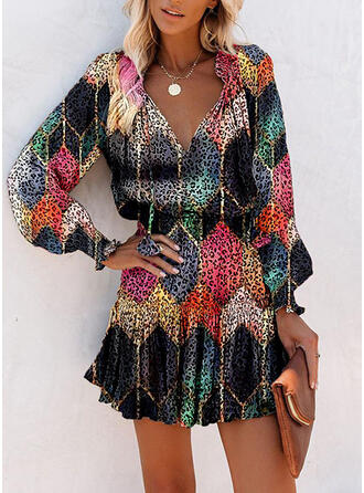 Geometric Print/Leopard Long Sleeves/Lantern Sleeve A-line Above Knee Casual Skater Dresses