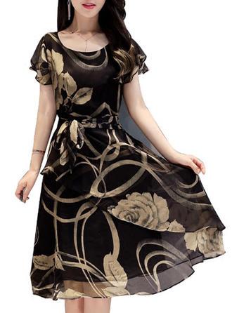 Print/Floral Round Neck Knee Length A-line Dress