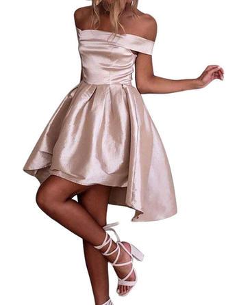 Solid Off-the-Shoulder Knee Length A-line Dress
