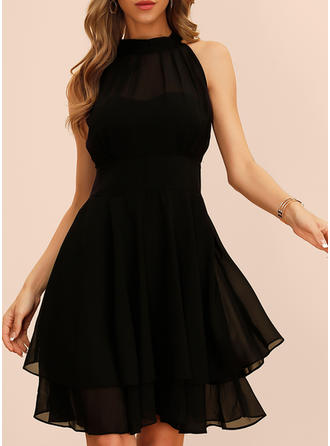 Solid Sleeveless A-line Knee Length Little Black/Party Dresses