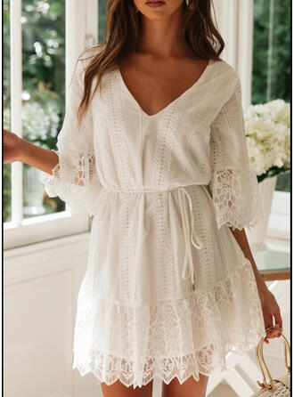 Lace/Solid 3/4 Sleeves/Flare Sleeves A-line Above Knee Casual/Elegant Dresses