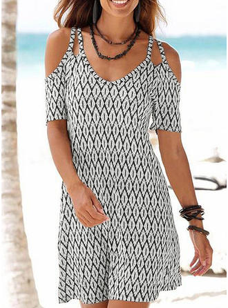 Geometric Print Cold Shoulder Sleeve A-line Above Knee Casual/Vacation Dresses