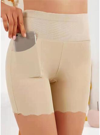Egyszínű Πάνω από το γόνατο Ανέμελος Plus μέγεθος Pocket Σορτς Γκέτες