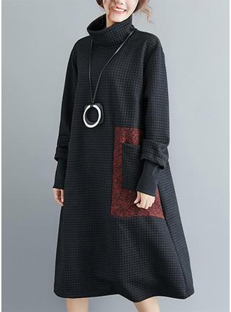 Color-block High Neck Midi Shift Dress