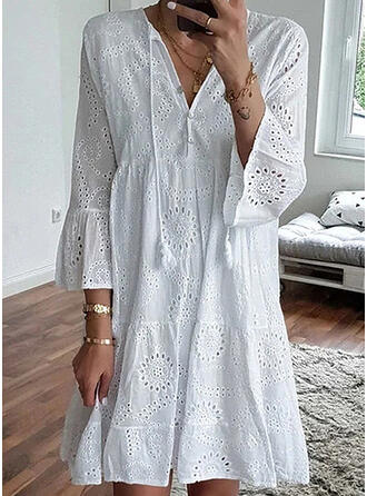 Solid 3/4 Sleeves/Flare Sleeves Shift Above Knee Casual Dresses