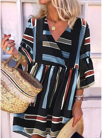 Striped 3/4 Sleeves/Flare Sleeves Shift Above Knee Casual Dresses
