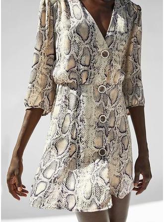 Print V-neck Above Knee Shift Dress