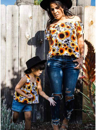 Mommy and Me Floral Print Matching T-Shirts