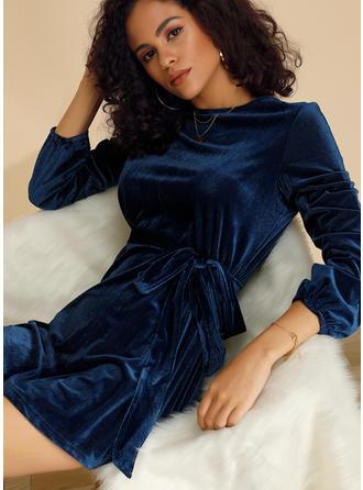 Jednolita Długie rękawy W kształcie litery A Nad kolana Casual/Elegancki Sukienki