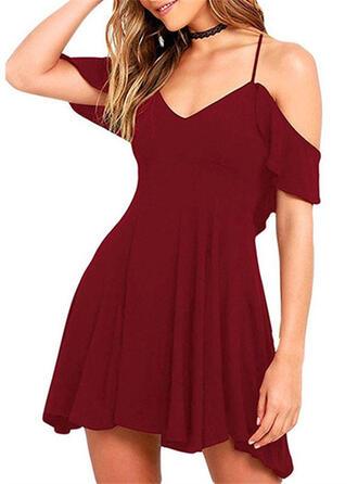 Solid Short Sleeves/Cold Shoulder Sleeve A-line Above Knee Little Black/Casual/Elegant Dresses