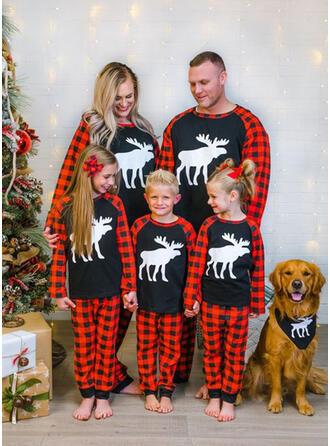 Rénszarvas Pléd Családi Karácsonyi pizsamák