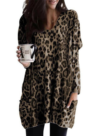 Animal Print V-Neck Long Sleeves Casual Knit Blouses