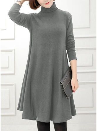 Solid Long Sleeves Shift Knee Length Sweater/Casual Dresses