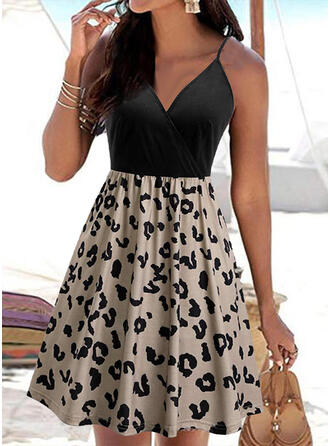 Print/Floral/Leopard Sleeveless A-line Above Knee Sexy/Casual/Vacation Dresses
