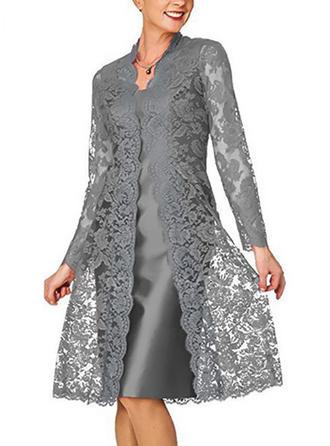 Krajka/Pevný Dlouhé rukávy Splývavé Délka ke kolenům Elegantní Šaty