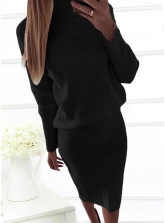 Couleur Unie Manches Longues Moulante Pull Petites Robes Noires/Décontractée/Élégante Midi Robes