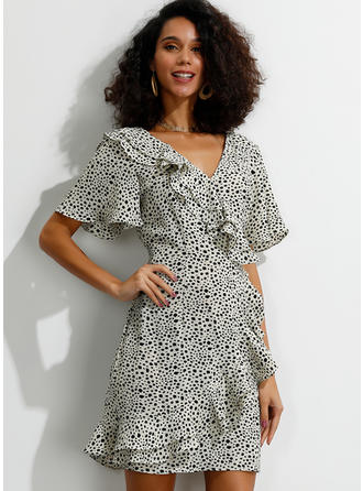 PolkaDot Short Sleeves/Flare Sleeves Sheath Above Knee Casual/Elegant Dresses