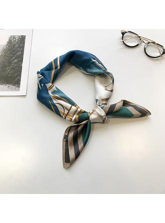 Geometric Print Neck/Square Square scarf