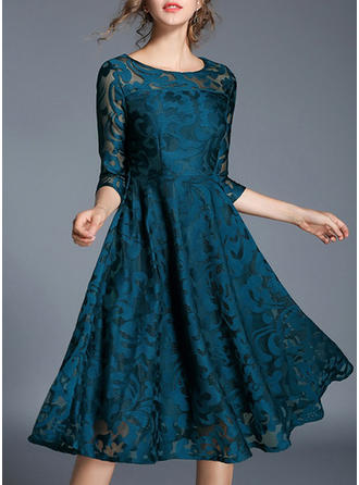 Lace/Solid 3/4 Sleeves A-line Knee Length Vintage/Party/Elegant Dresses