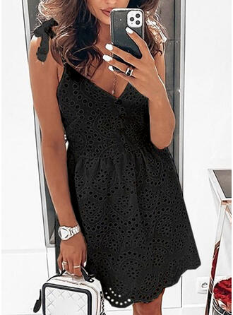 Lace/Solid Sleeveless A-line Above Knee Little Black/Casual/Vacation Dresses