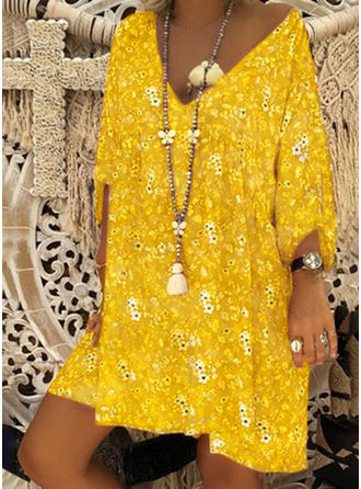 Bohemian V-neck Knee Length Shift Dress