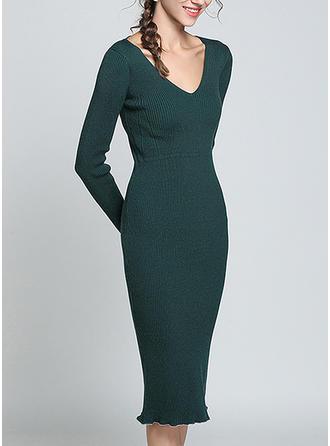 Solid V-neck Knee Length Bodycon Dress
