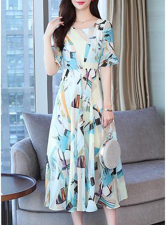 Nadrukowana Rękawy 1/2 W kształcie litery A Midi Casual/Elegancki Sukienki