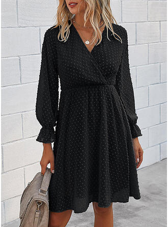 Solid Long Sleeves/Flare Sleeves A-line Knee Length Little Black/Casual/Elegant Wrap/Skater Dresses