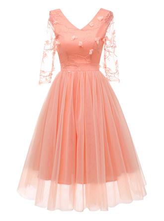 Lace Solid V-neck Midi A-line Dress