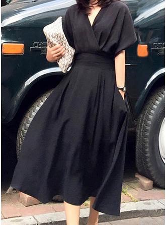 Solidny Litera V Midi Sukienka Trapezowa