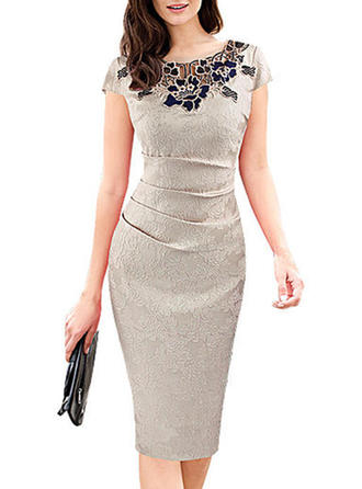 Lace Round Neck Knee Length Bodycon Dress