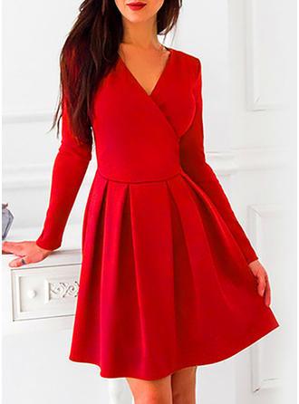 Couleur Unie Manches Longues Trapèze Longueur Genou Vintage Robes