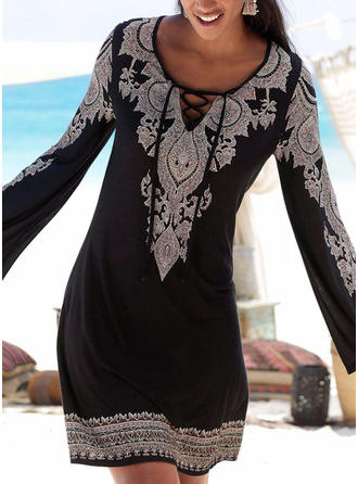 Εκτύπωση Μακρυμάνικο Αμάνικο Πάνω Από Το Γόνατο Διακοπές Сукні