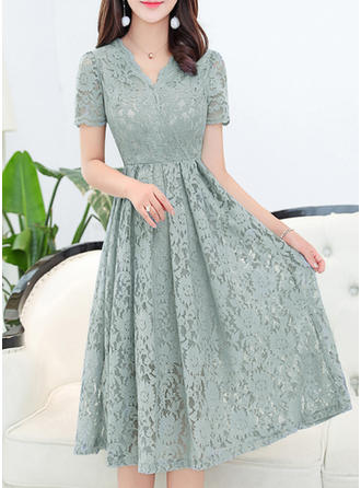 Polyester With Lace Knee Length/Midi Dress