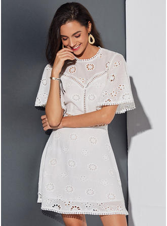 Lace/Solid 1/2 Sleeves/Flare Sleeves A-line Above Knee Casual/Elegant Dresses
