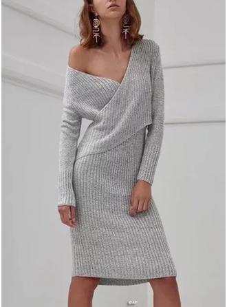 Solid V-neck Knee Length Sheath Dress